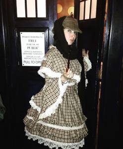 Jeremy Brett Lolita cosplay. The Baker Street Babes. www.bakerstreetbabes.com